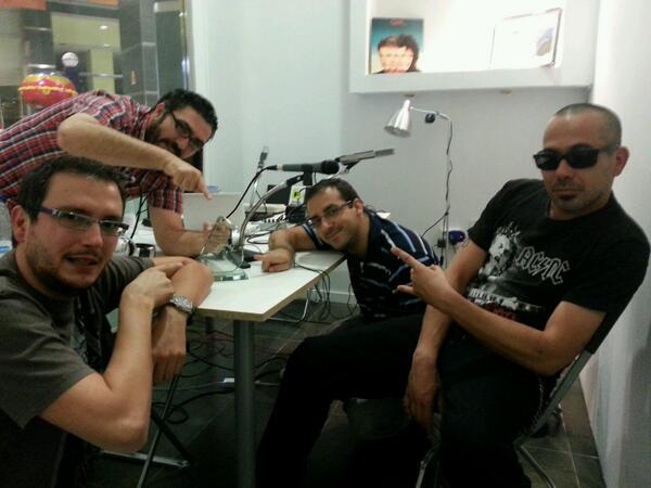 Los cuatro buhardilleros y el premio @asociapodcast a mejor podcast de ciencia 2013 (19 de octubre de 2013)